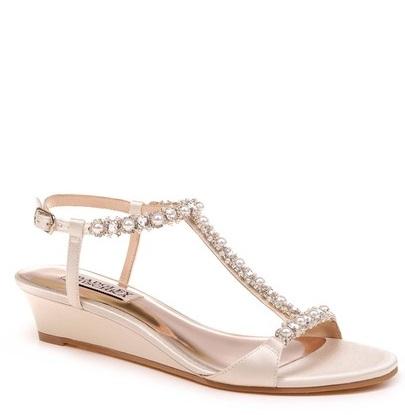 Badgley Mischka Yadira Wedge Sandal