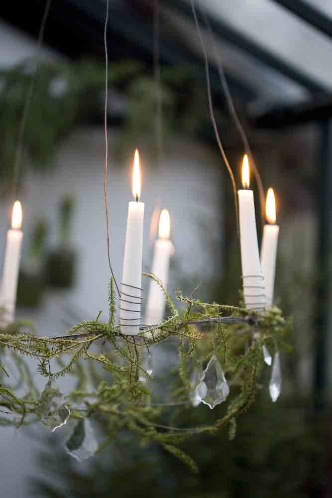 winter candle 3