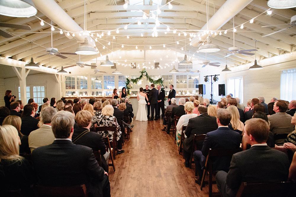 Urban-Wedding-Venues-in-Austin-Palm-Door-on-Sabine-Paige-Newton-Photography