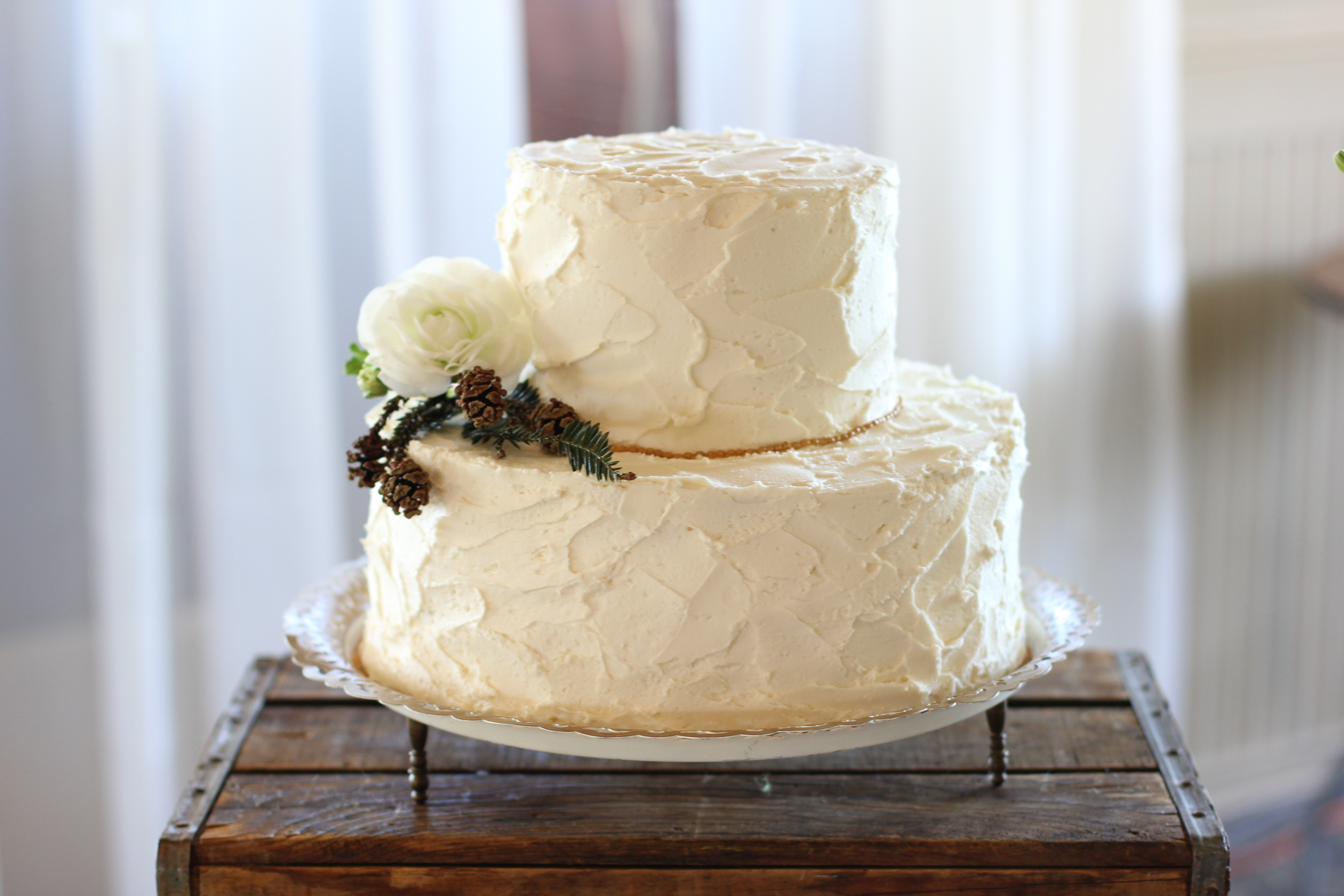 Winter wedding cakes - 4