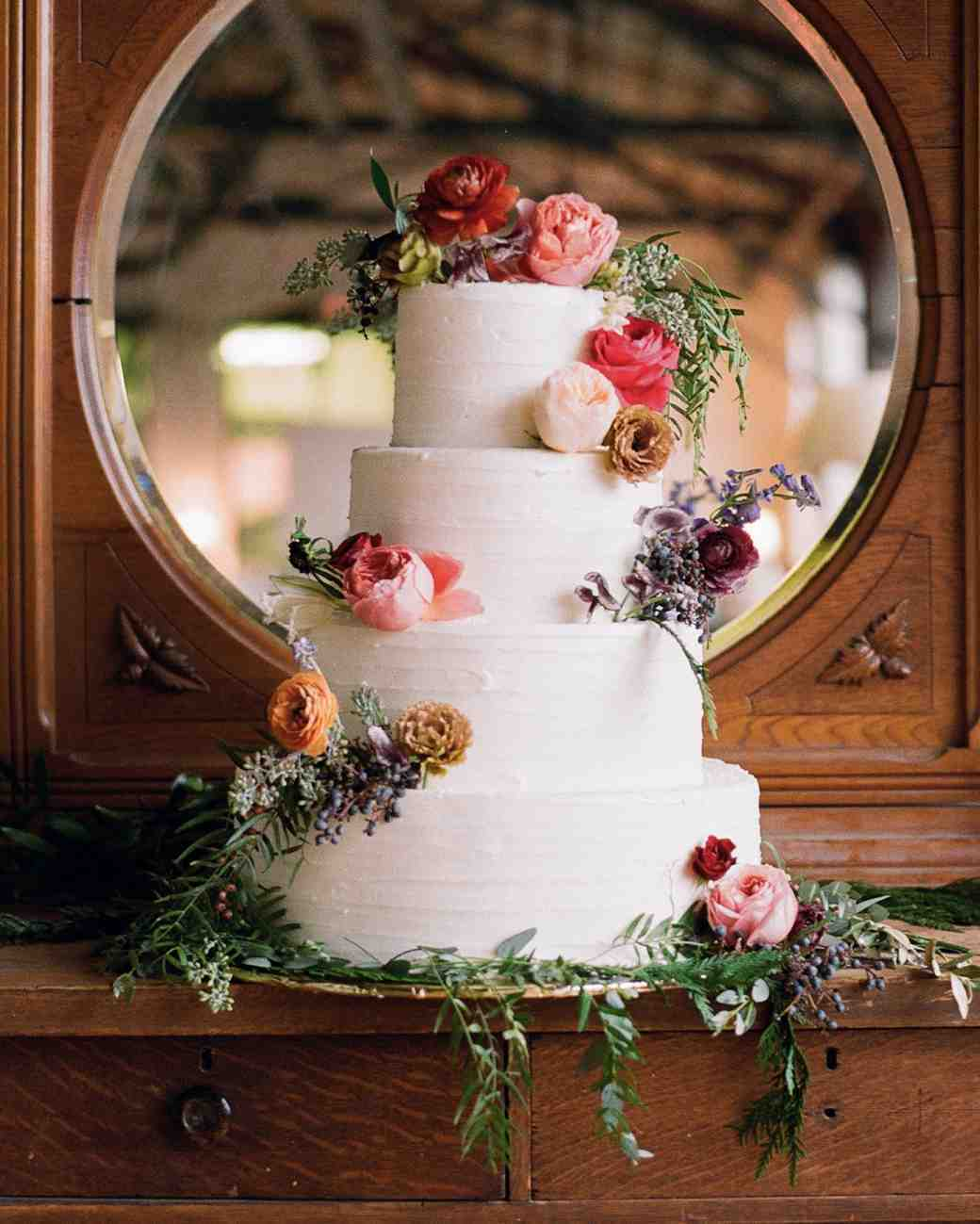 Winter wedding cakes - 6