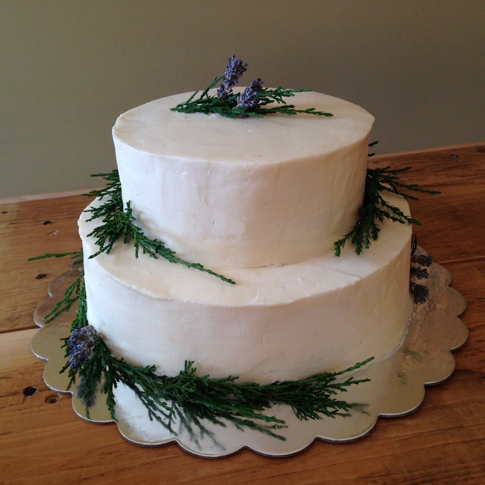 Winter wedding cakes - 9
