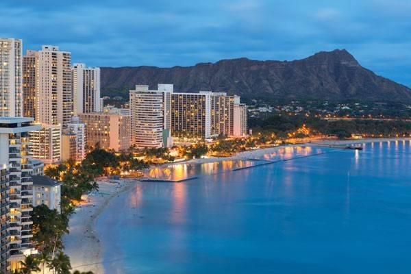 Honolulu skyline at dusk in Oahu