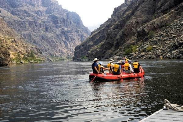 group rafting on the Snake River