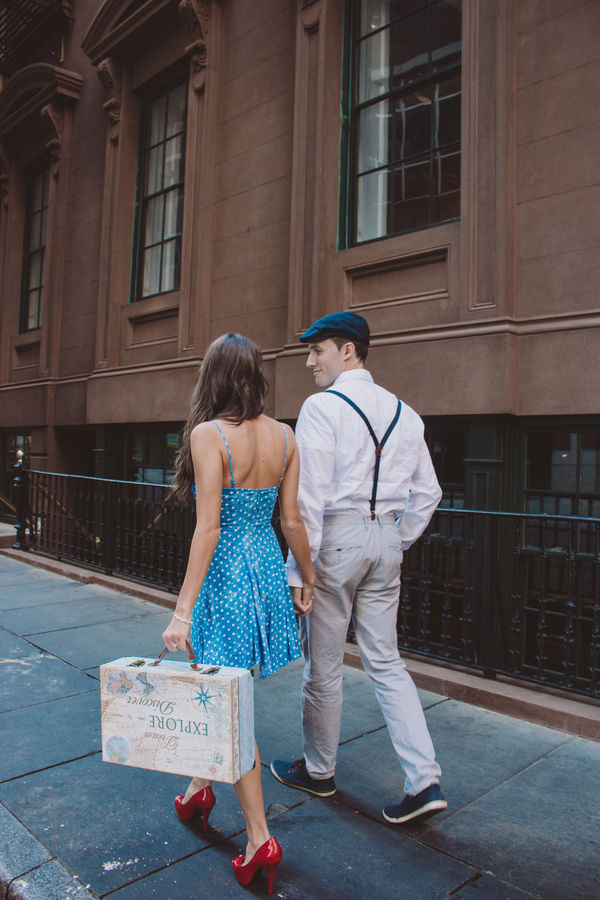 spring engagement session outfit 10