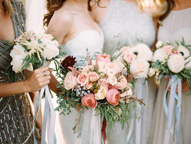 Mismatched rose bouquets