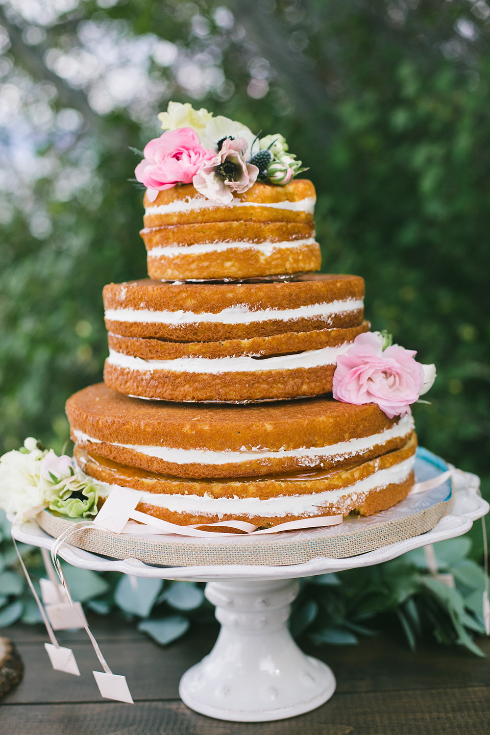 Planning a wedding - naked wedding cake