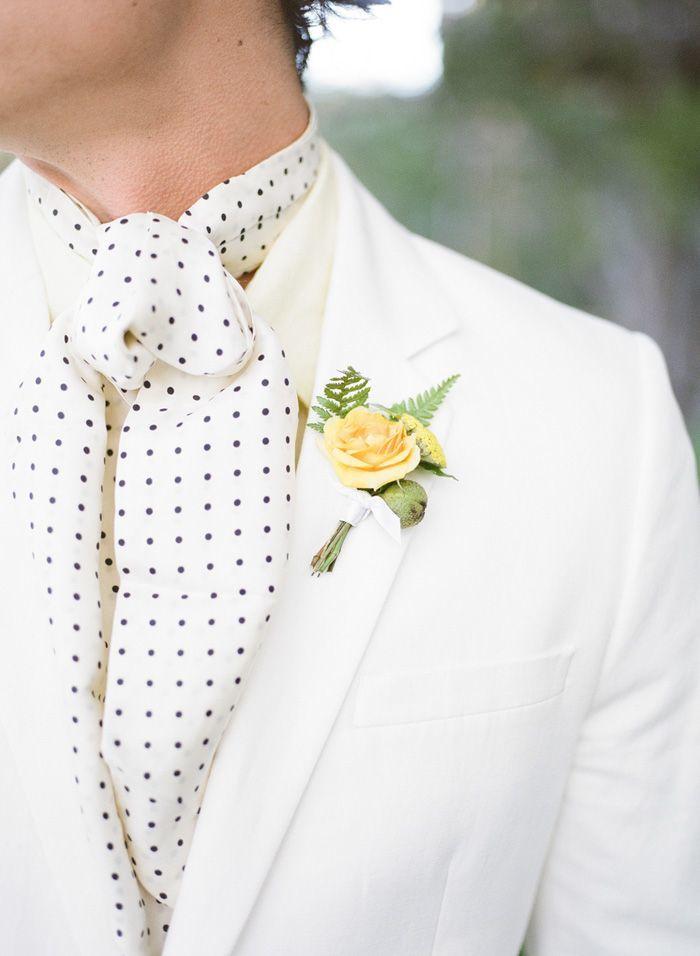 Summer wedding groom accessory