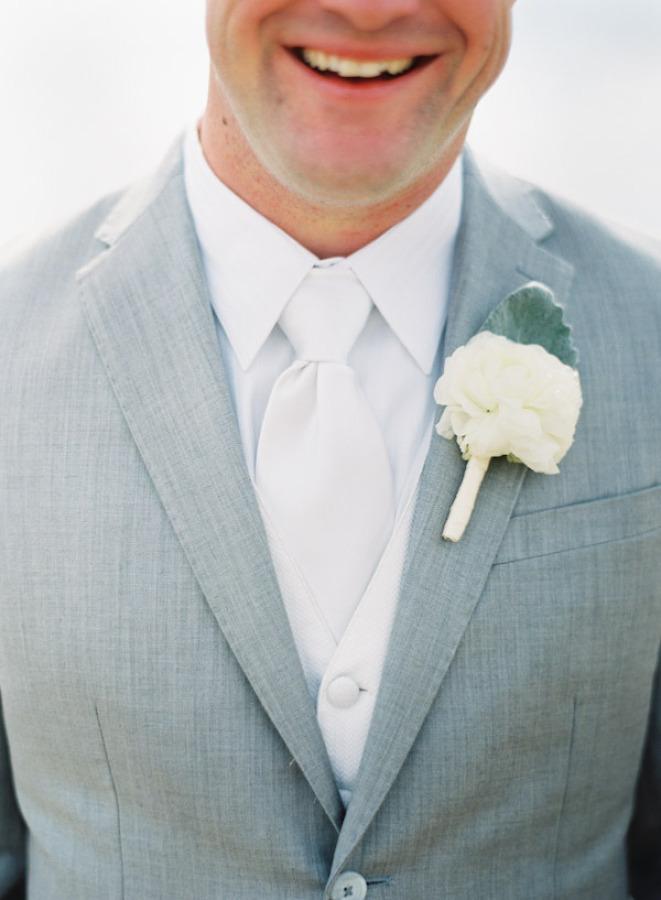 winter white tie