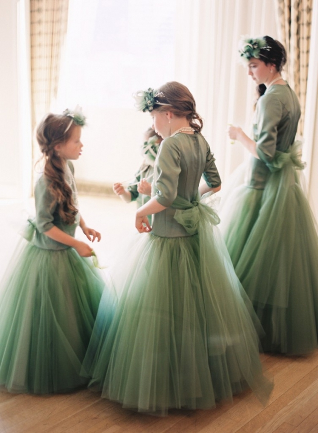 emerald green flower girl accessories