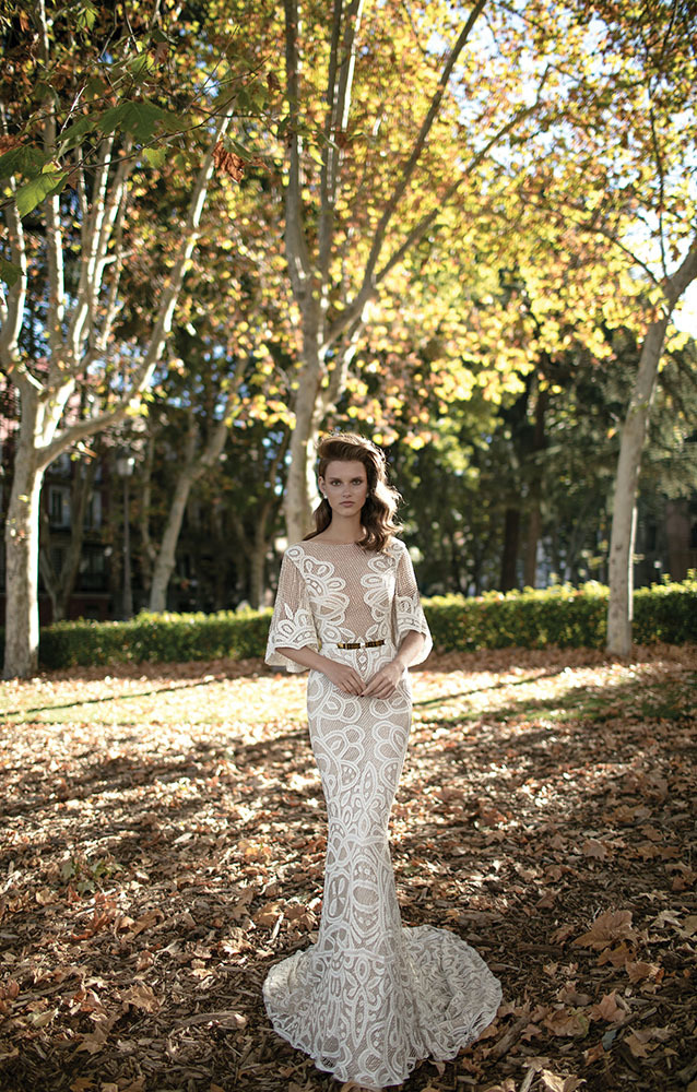 wedding dress with wide sleeves