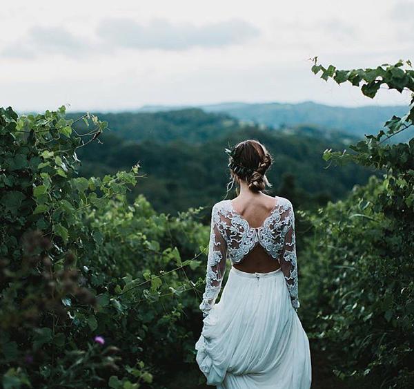 Two piece wedding dresses - statement back