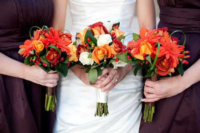 rose and berry bouquets