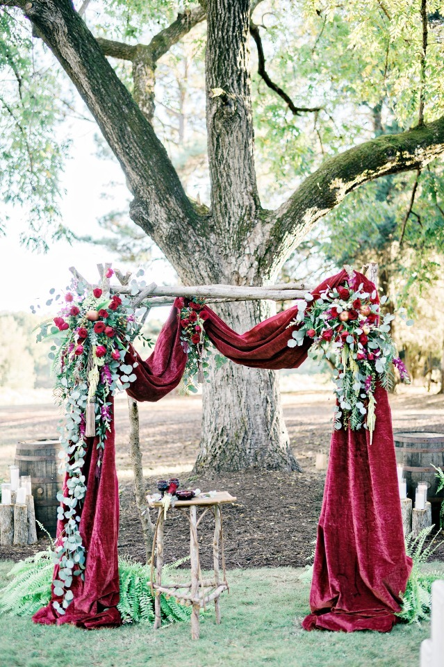 red altar arch