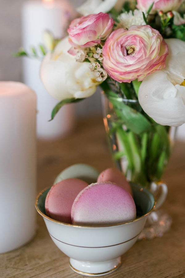 ombre macarons and flowers