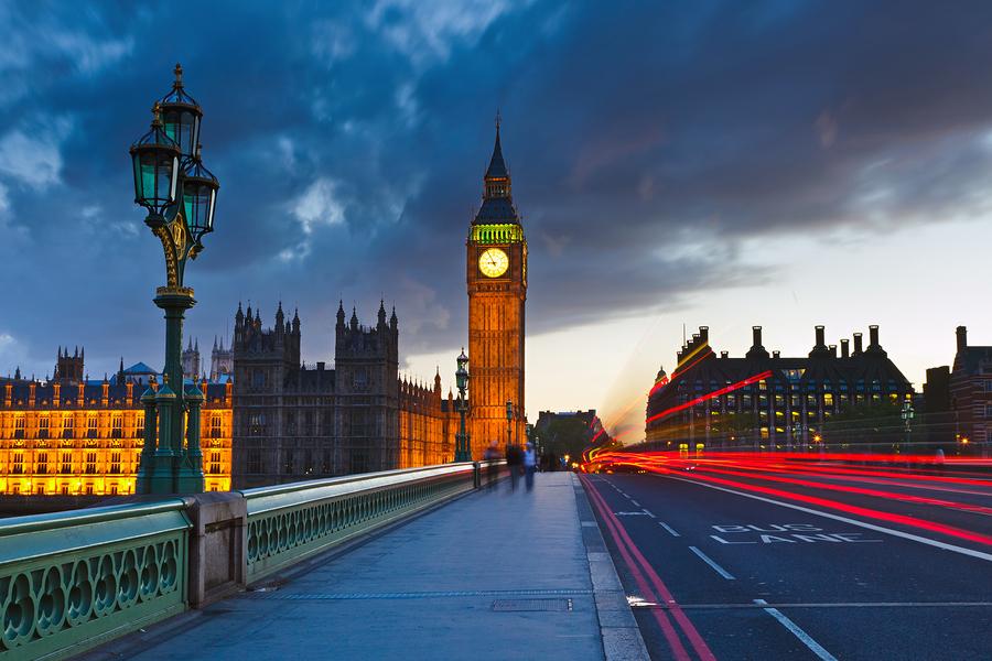 Big Ben at night in London, England