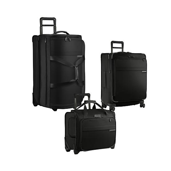 black luggage set