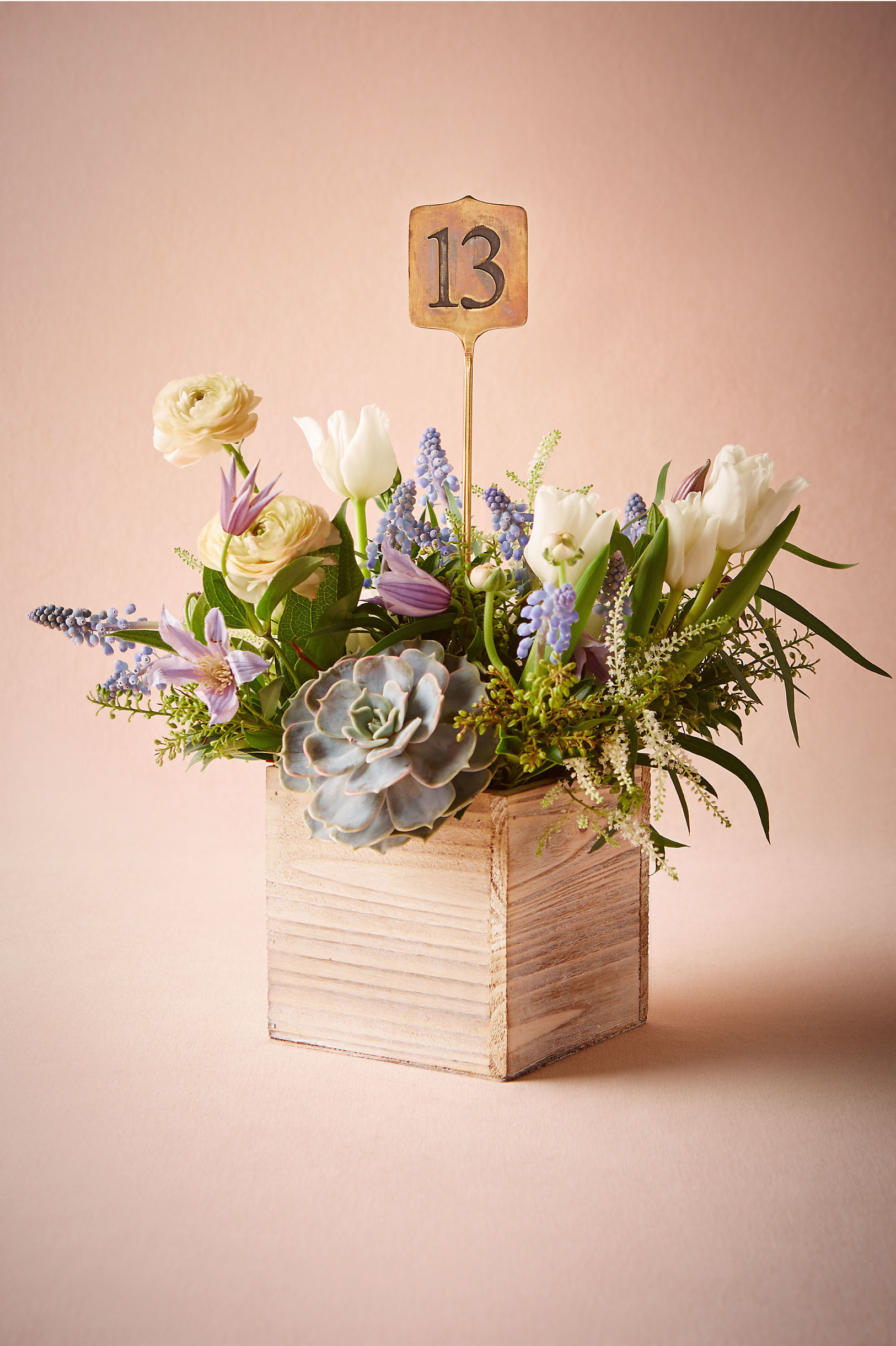 simple numbered centerpiece
