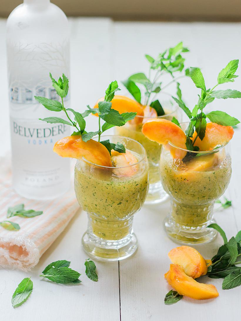 peach slushie cocktail