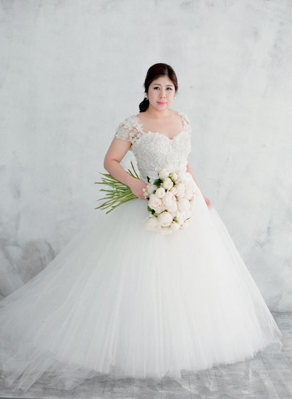 Detailed cap sleeve ball gown dress