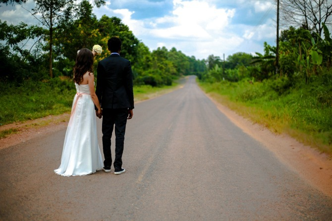 couple road