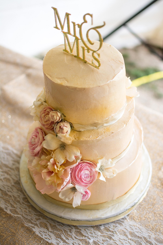 Cream/Pink Floral Cake