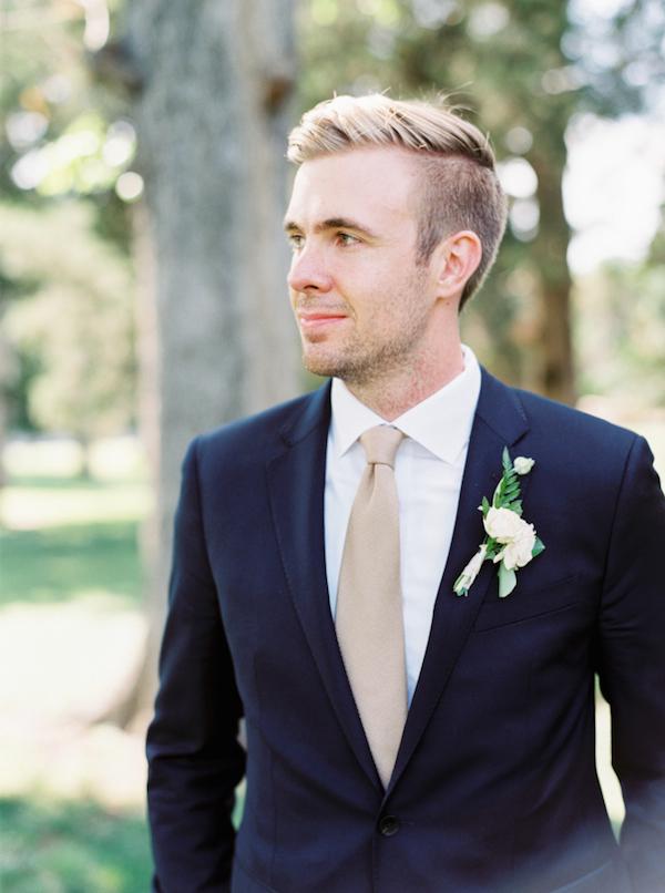 Cream/neutral colored tie