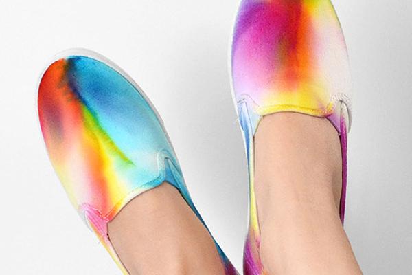 DIY watercolor shoes