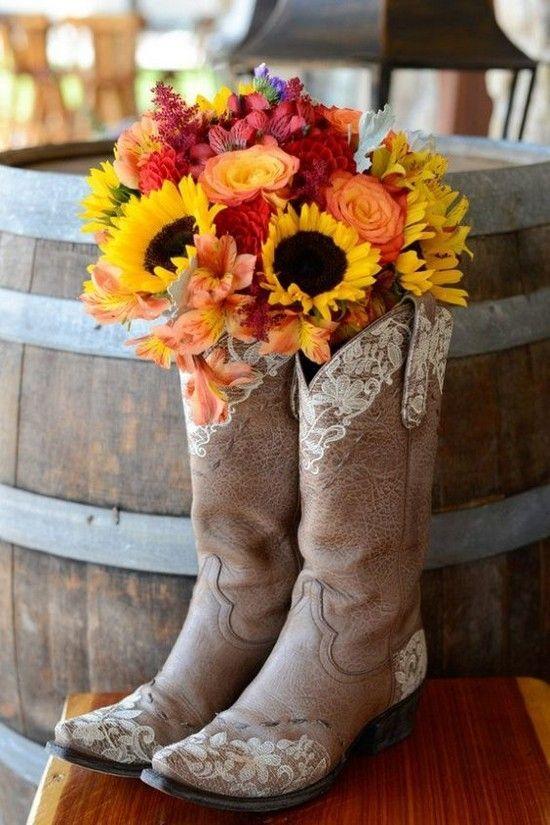 DIY Cowboy Boots Wedding Centerpiece