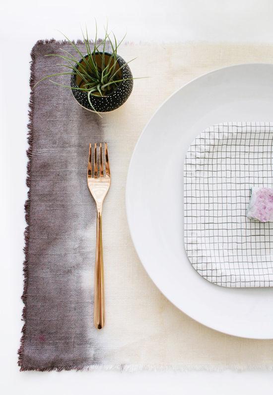 DIY Dip Dye Ombre Wedding Placemats via designlovefest