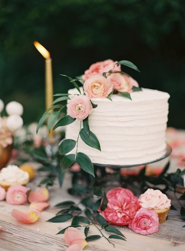 Ranunculus wedding cake