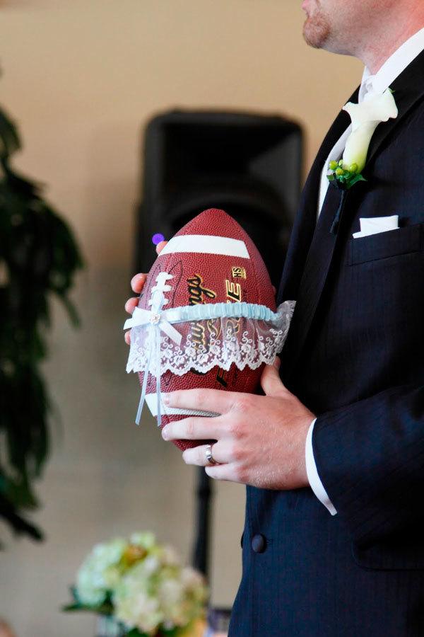 garter on football
