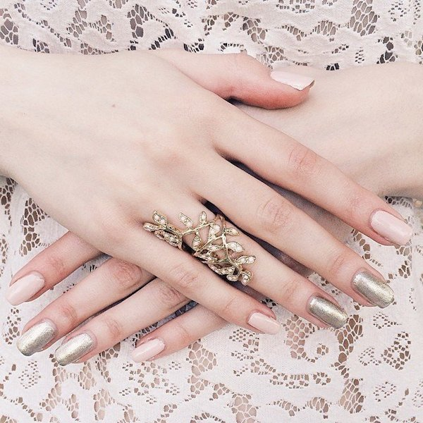 Nude shimmer nails