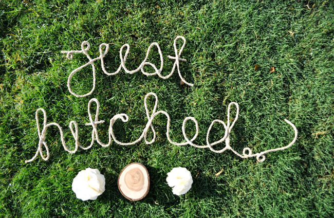 DIY Rope Sign for Farm Wedding by Green Wedding Shoes