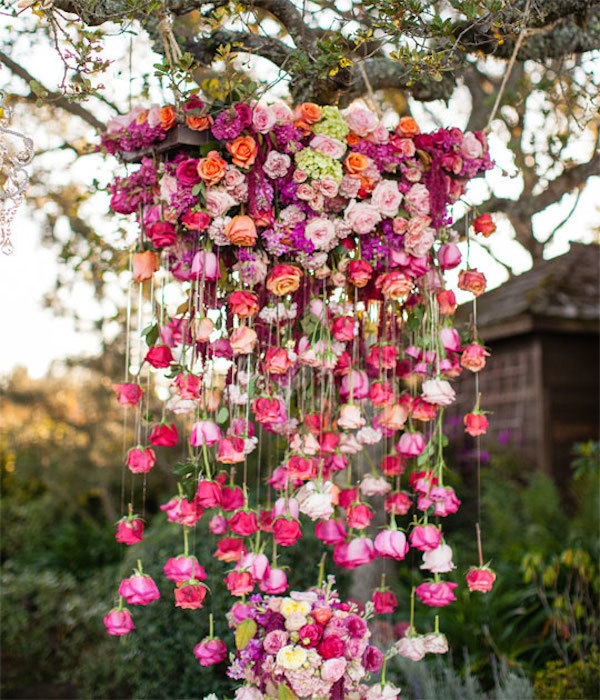 Hanging rose decor