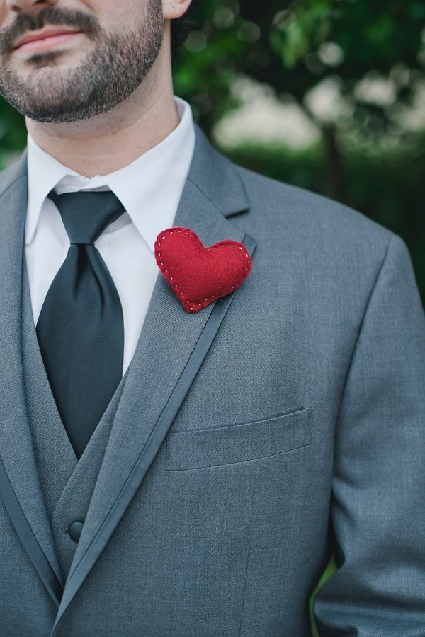 Felted Heart Boutonniere