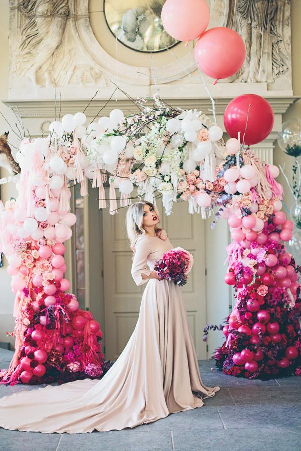 glam balloon arch