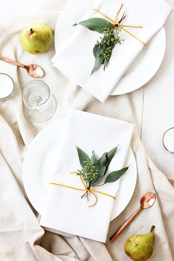 simple napkin decor