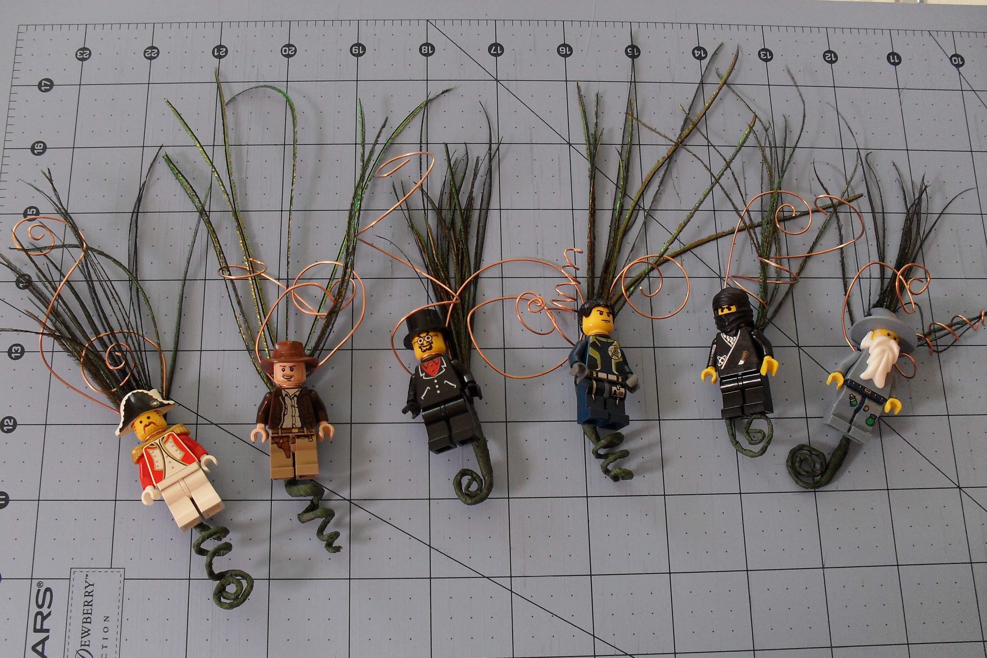 Lego Men Boutonnieres
