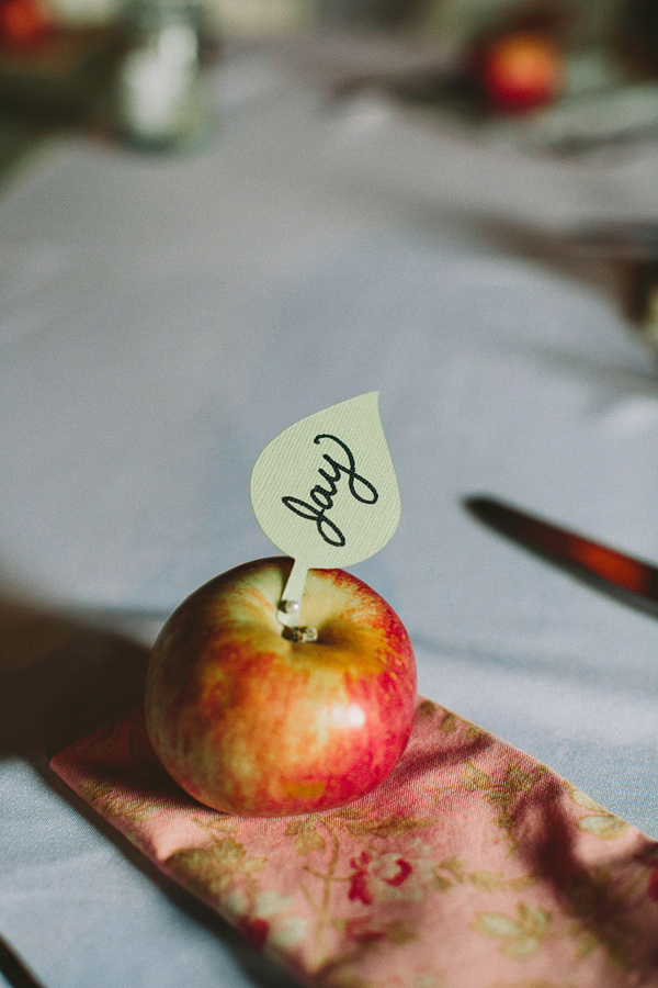 apple place card