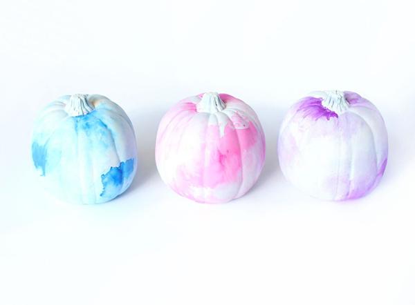 DIY watercolor pumpkins
