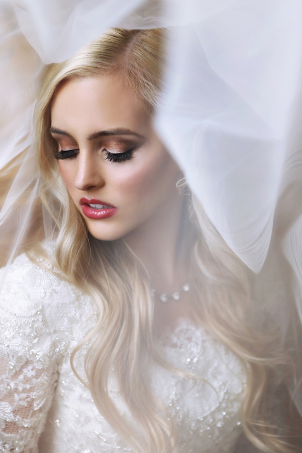Long and loose wedding hair ideas