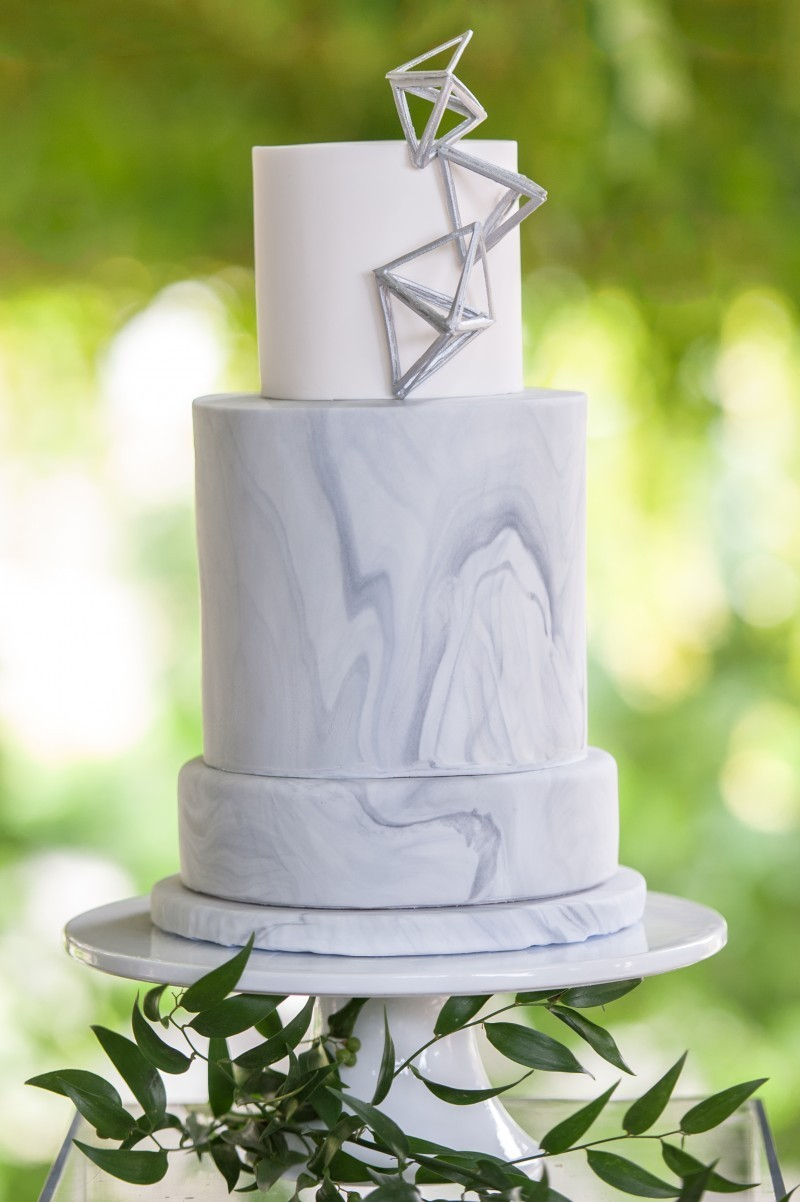 Marbleized Wedding Cake