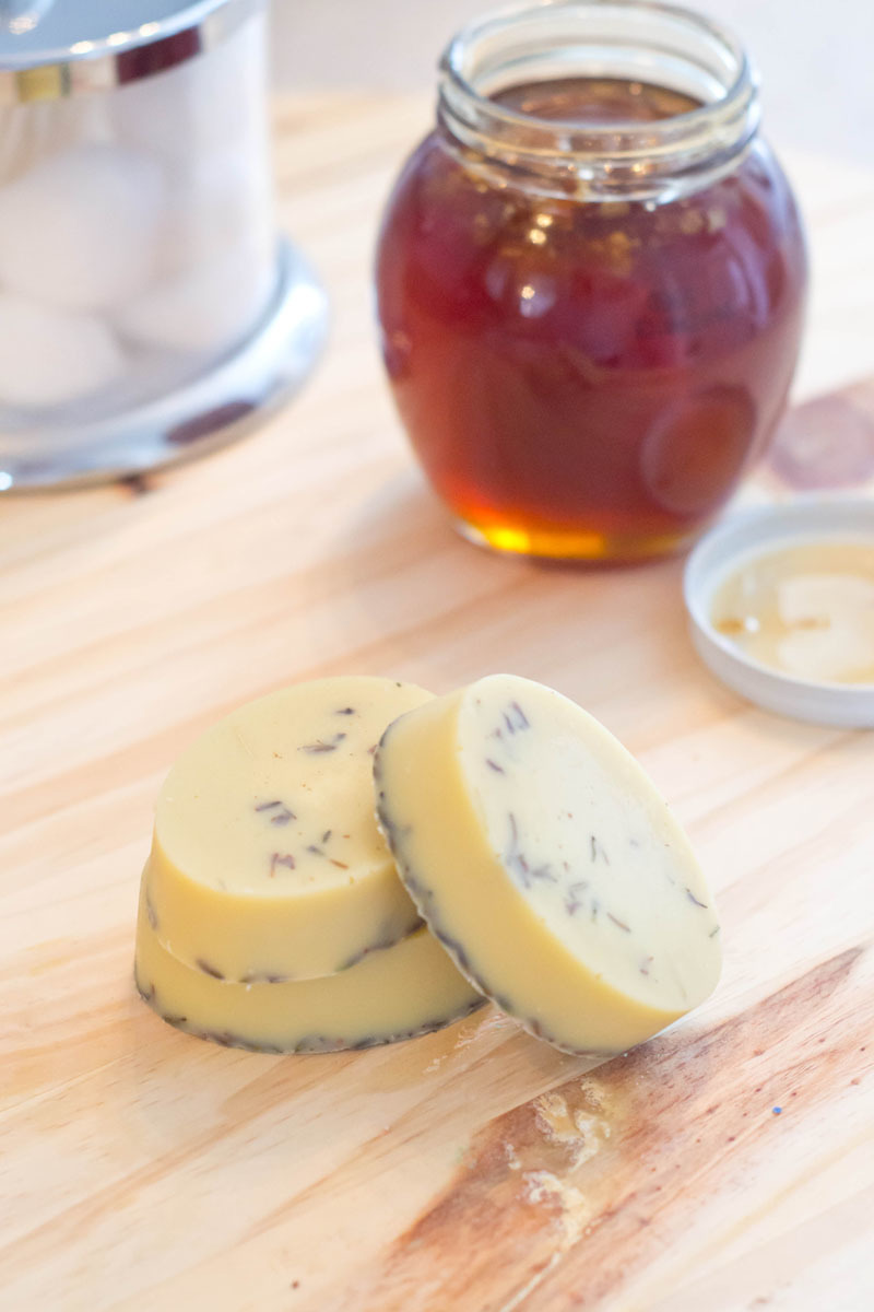 DIY Honey Lavender Bath Melts by Our Holly Days