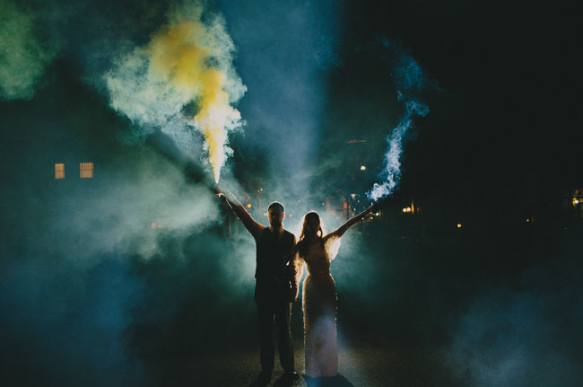 smoke bomb couple