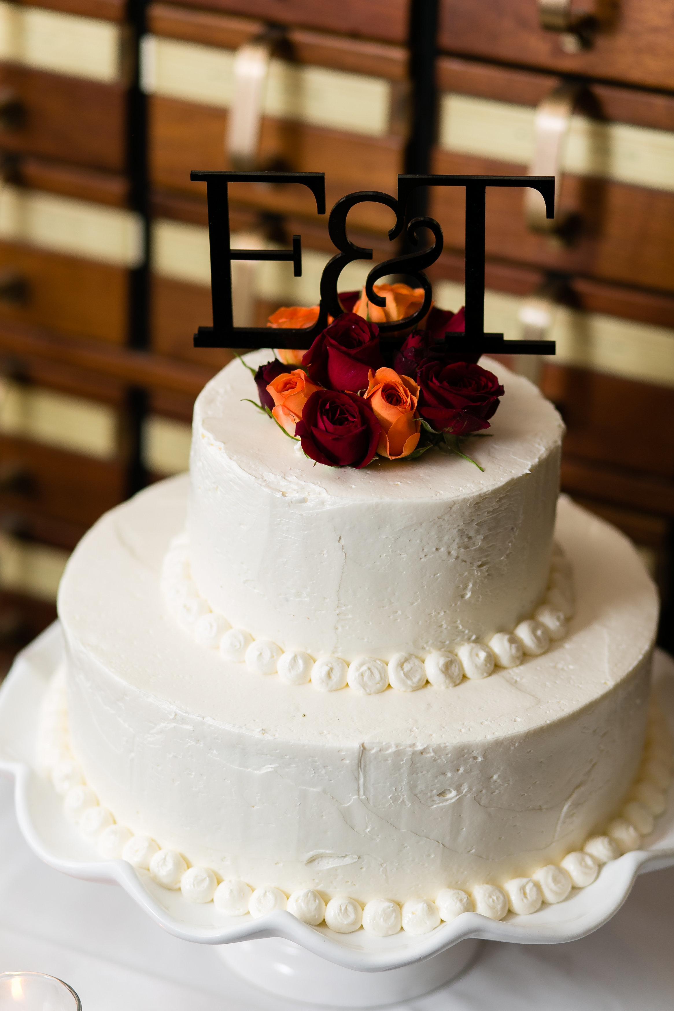 Fall Wedding Cake Details