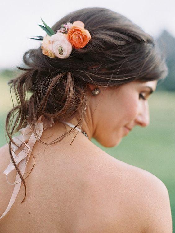Ranunculus hairpiece