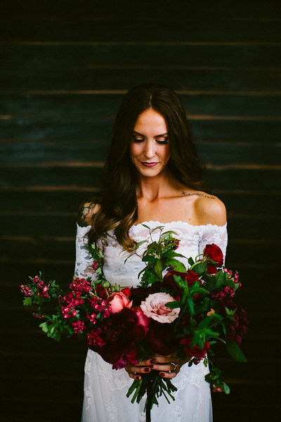 wide red bouquet
