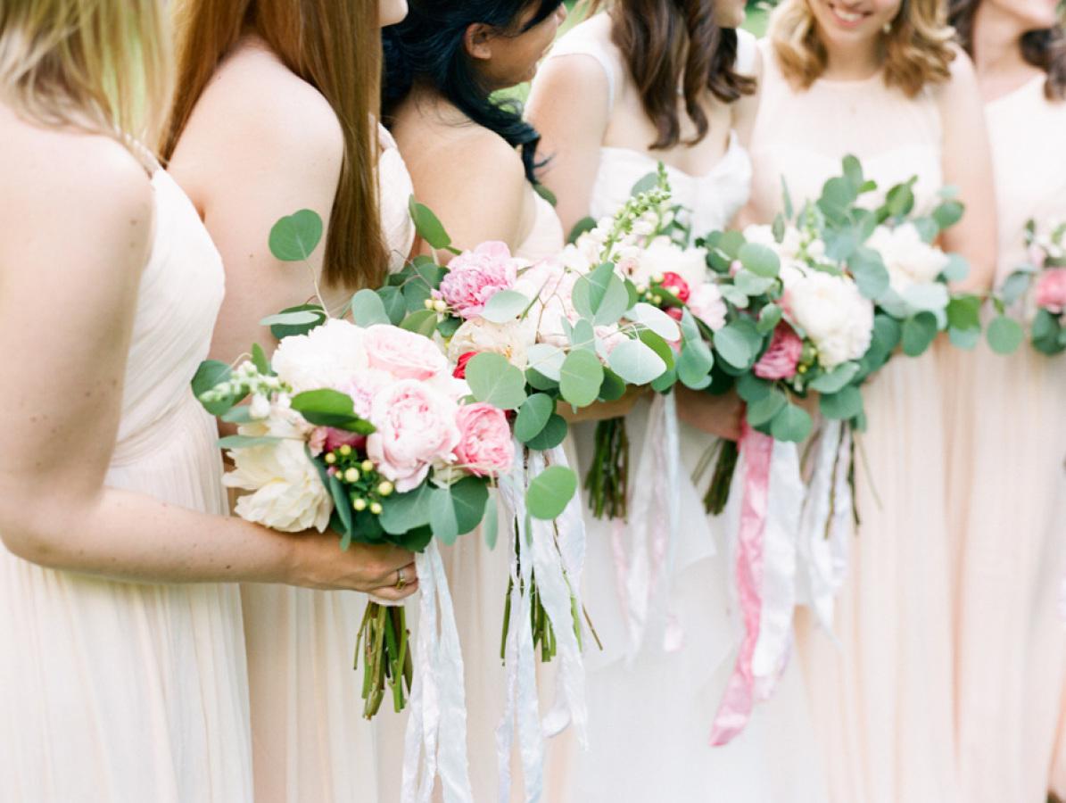 DIY bridesmaid bouquets