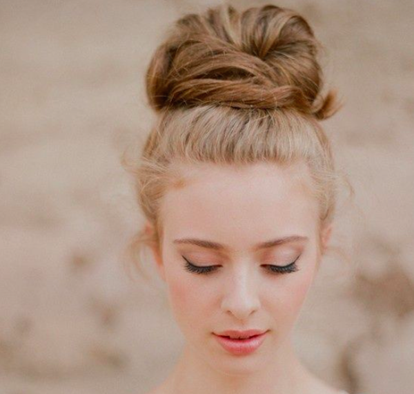 Wedding hair ideas: topknot